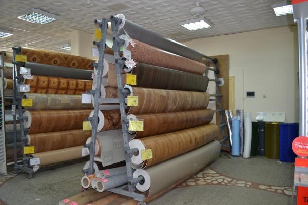 Оснащение магазина стройматериалов. Основные виды торгового оборудования